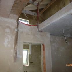 Wandtrockenputz-Trockenbauwand-Staenderwerk-Raumteiler-Schallschutz